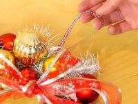 Как из старой проволочной вешалки сделать рождественский венок