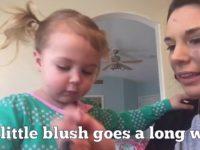 Что если дать своей маленькой дочери накрасить себя? Бьюти-эксперимент