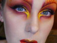 Девушка, которая превращает макияж в искусство