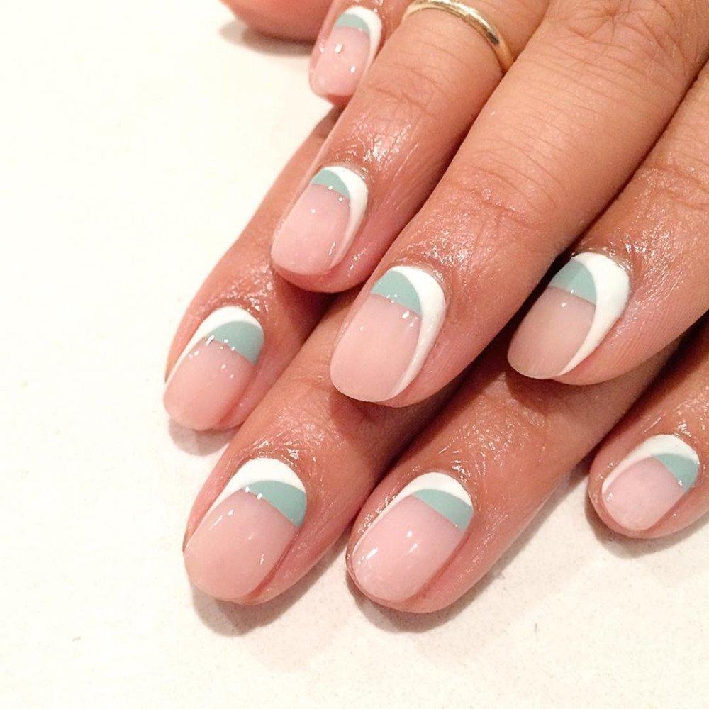 Французский маникюр 2017-2018 модные тенденции на короткие ногти